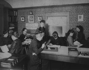 Women 'computers' at the Harvard College Observatory, circa 1890.